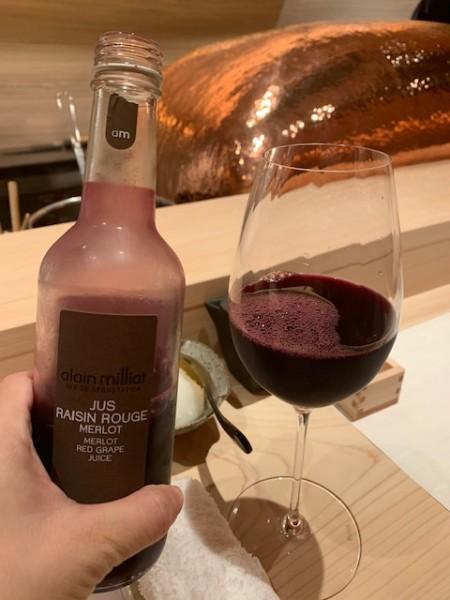 このワインのようなぶどうジュース最高!飲めない人も美味しいジュースが楽しめます。